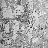 Стена шелушения в тенях серого цвета Стоковое фото RF