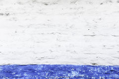 Стена Grunge белая и голубая Стоковое Фото