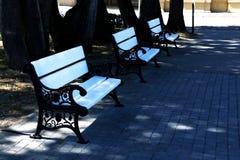 3 стенда в парке стоковые изображения
