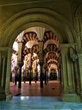 Стены большей мечети Cordoba стоковые фотографии rf