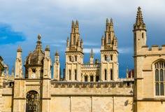 Стены всего коллежа душ в Оксфорде Стоковая Фотография