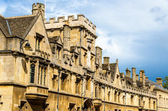 Стены всего коллежа душ в Оксфорде Стоковые Фотографии RF