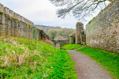 Стены замка Lulow, Шропшир, Британия, Великобритания Стоковая Фотография RF