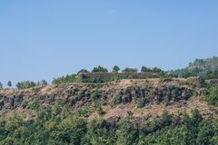 Стены Mandu Mandav форта Songarh стоковое фото