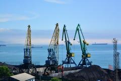 Стержень угля в порте Стоковое Изображение