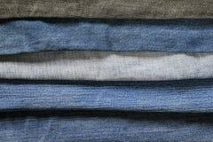 Стильная текстурированная предпосылка от горизонтальных прокладок джинсовой ткани в d Стоковые Фото