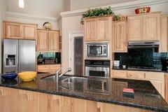 стильное кухни самомоднейшее Стоковое Изображение RF