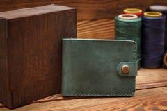 Стильные кожаные бумажники стоковое фото