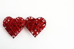 2 стильных красных сердца, изолированного на белой предпосылке, валентинки Стоковое фото RF