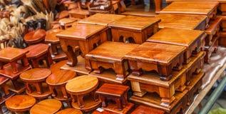 Стиль деревянной скамьи тайский Стоковое Изображение RF
