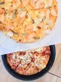 Стиль животика Тома пиццы с сценой Нового Орлеана цыпленка стоковые фото