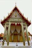 Стиль красивого виска тайский, тайское искусство в Таиланде стоковые изображения