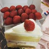 Стиль Япония торта клубники стоковые изображения