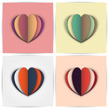 Стилизованные бумажные сердца в комбинациях другого цвета иллюстрация вектора