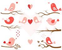 Стилизованные птицы и ветви дерева Бесплатная Иллюстрация
