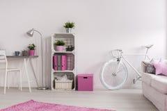 Стильная комната для девушки Стоковые Фотографии RF