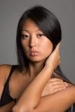 Стильная молодая женщина азиата Стоковая Фотография