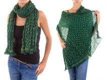 Стильный женственный шарф с восточной картиной Стоковые Изображения RF