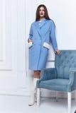 Стиль вскользь одежд носки бизнес-леди на осень зимы Стоковые Фотографии RF