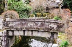 Стиль каменного моста японский в виске kiyomizu-dera, Стоковое Фото