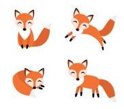 Стиль милой лисы установленный плоский Foxy в различных представлениях, спящ, скакать, сидя иллюстрация штока