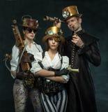 Стиль пара панковский Люди викторианской эры в alternat стоковые изображения rf