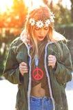 Стиль революционера 1970 hippie девушки Имитация загубленная изображением Стоковая Фотография RF
