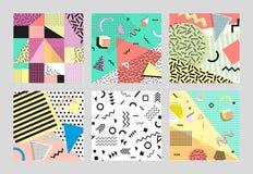 Стиль ретро моды 80s или 90s года сбора винограда Карточки Мемфиса Большой комплект Ультрамодные геометрические элементы Современ Стоковое Изображение