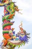 Стиль статуи дракона в китайском виске Стоковые Фотографии RF