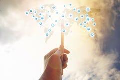 стиль фонового процесса изящного искусства технологии концепции глобального бизнеса сети карты мира соединяясь Стоковое Фото