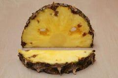 Стиль хеллоуина ананаса отрезка Стоковые Фотографии RF