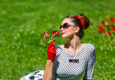 Стиль штыря-вверх красивой молодой женщины ретро Стоковые Фотографии RF