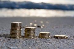 Стога монетки фунта стоковое фото rf