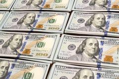 Стога строк долларов на таблице Стоковое Изображение RF
