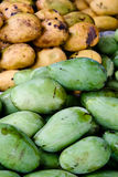 стога philippine рынка мангоов дисплея Стоковая Фотография