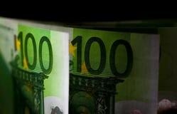 Стог 100 банкнот валюты евро Стоковые Фото