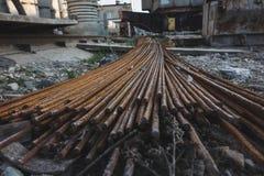 Стог баров подкрепления металла ржавых стоковое изображение