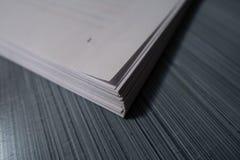 Стог белых бумаг Стоковые Изображения RF