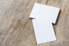 стог визитной карточки на древесине Стоковые Фото