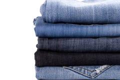 стог голубых джинсов стоковое изображение