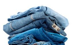Стог голубых и голубых джинсов Стоковая Фотография