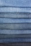 Стог джинсыов Стоковые Фото