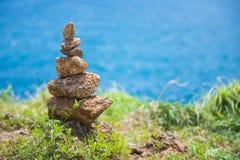 Стог камня на seashore Стоковое Изображение RF