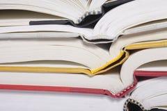 стог книги открытый стоковое фото rf
