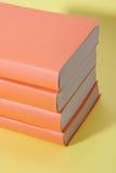 стог книг выдуманный non Стоковая Фотография RF
