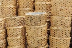Стог контейнеров Weave гиацинта воды плетеных Стоковые Фото