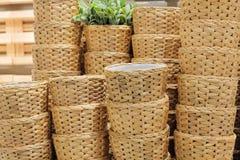 Стог контейнеров Weave гиацинта воды плетеных Стоковое Фото