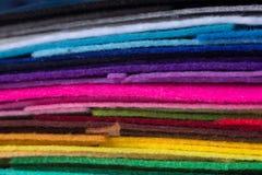 Стог красочного войлока acrylic Пестротканая ткань macrophoto Стоковые Фотографии RF