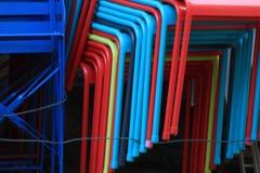 Стог красочных стульев Стоковое фото RF