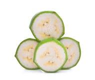 Стог отрезанного сырцового зеленого банана изолированного на белизне Стоковое фото RF